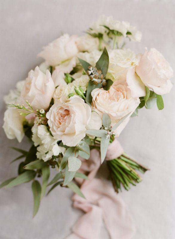 Bouquet Sposa Estate 2018.Bouquet Da Sposa Romantico Con Rose Inglesi Rosa Cipria