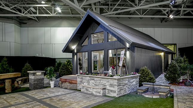 7 best homes for ontario images on pinterest ontario house and north shore for Petit chalet prefabrique