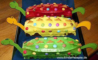 SCHNELLER DINOSAURIERKUCHEN - Ein Rezept von KINDERREZEPTE.DE zu finden unter Geburtstagskuchen/festliche Kuchen aus dem Bereich Backen