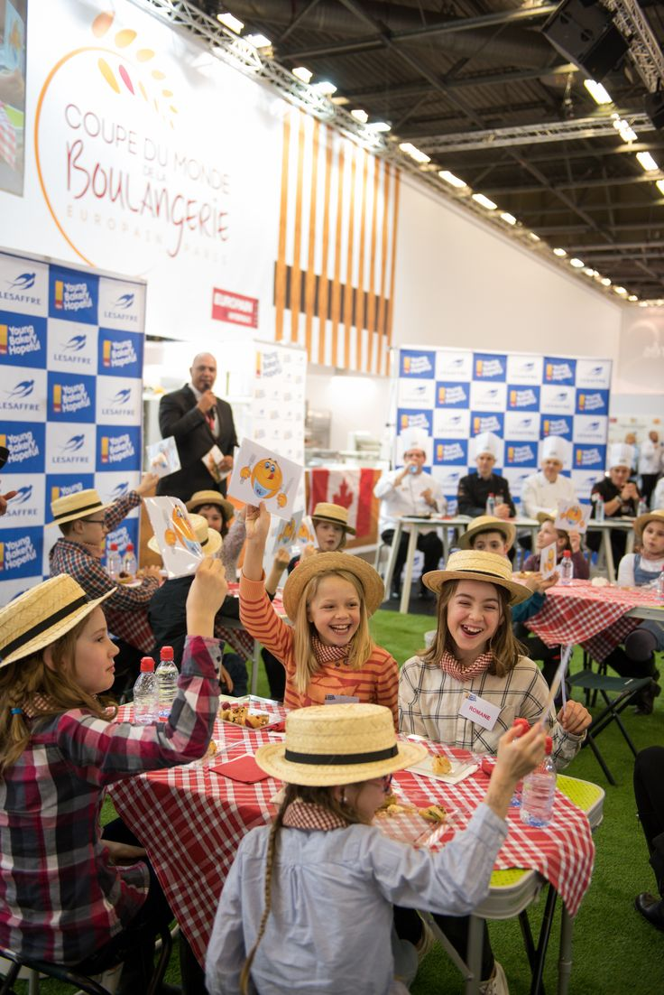 Kids show to taste YBH products : breads, viennese pastries ! #YBH #lesaffre #competition2016