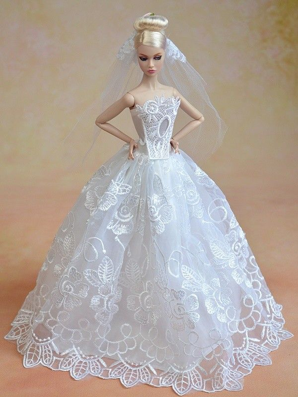 17 best images about wedding dresses for dolls on for Wedding dresses for barbie dolls