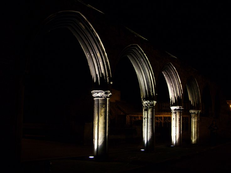 Infirmary Arches, Gloucester. Lighting design by Carl Gardner and Balfour Beatty. A Guide to Implementing Successful #LightingLandscapes within the Public Realm.