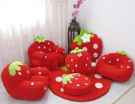 strawberry forniture red