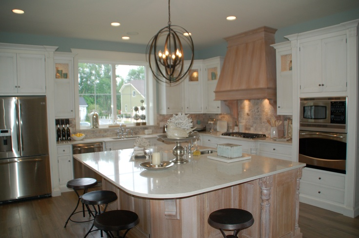 Weaver Custom Homes BIA home kitchen