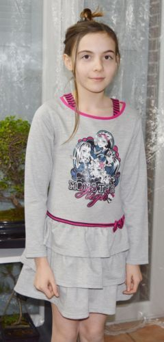 Robe-volantee-fille-6-ans-licence-Monster-High-Neuve-Manches-longues