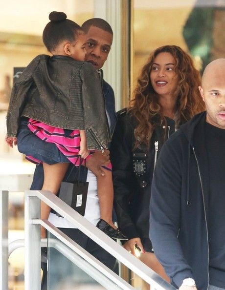 Blue Ivy, Jay Z and Beyoncé shopping in New Orleans