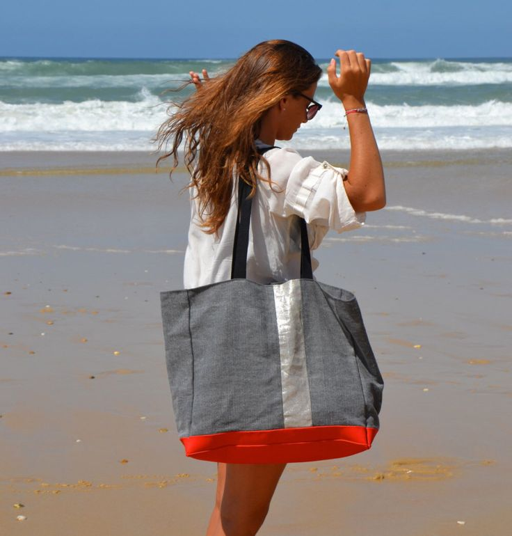 Beach Bag.Big Tote LACANAU BEACH.Grand sac de plage .Boho style beach bag.Silver linen.Classy beach bag.Resortstyle French XL beach Bag.Boho di BientotDimanche su Etsy https://www.etsy.com/it/listing/243701321/beach-bagbig-tote-lacanau-beachgrand-sac