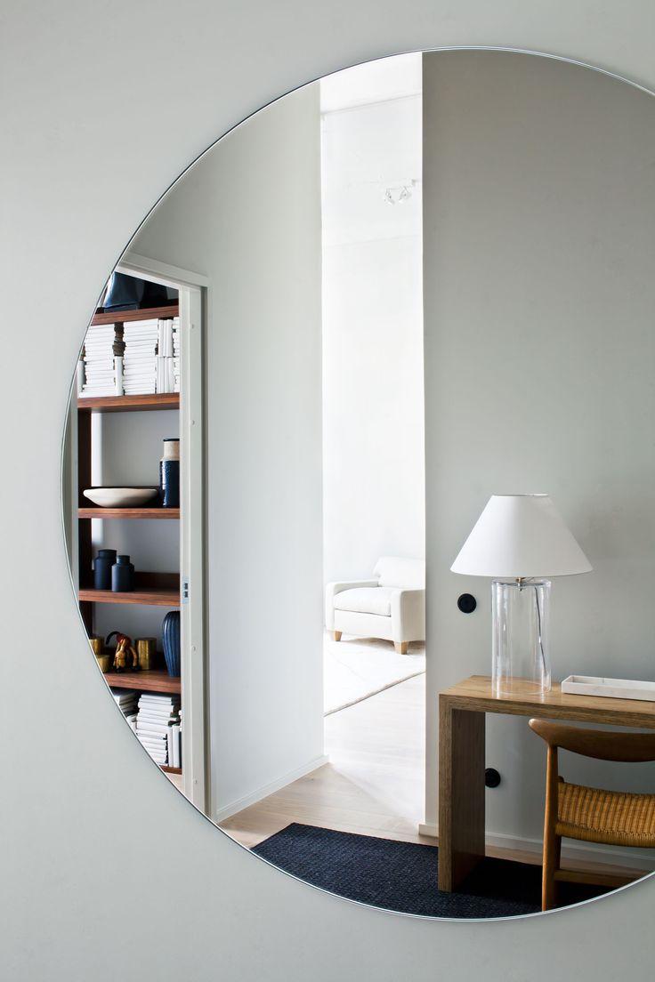 Radiofabriken  / Industriverket  #oscarproperties  kungsholmen, style, design, interior, clean, modern, carpet, lamp, inspiration, interior, cosy, mirror, hall, lampa, side board
