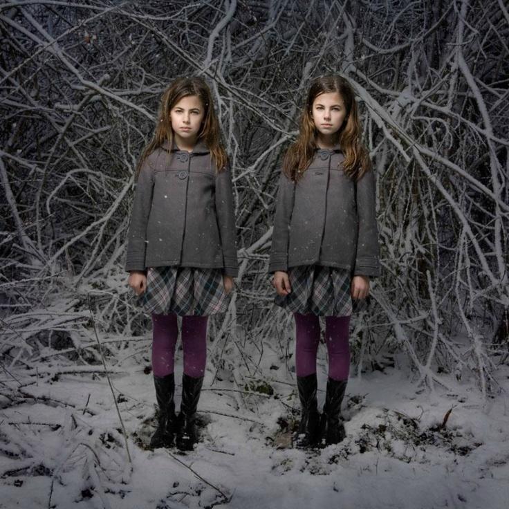 """""""J'ai toujours envié les jumelles et leur véritable connexion. L'autre truc, c'est ce que je suis préoccupée par la question de l'alter ego. Je voulais aussi représenter notre côté sombre"""","""