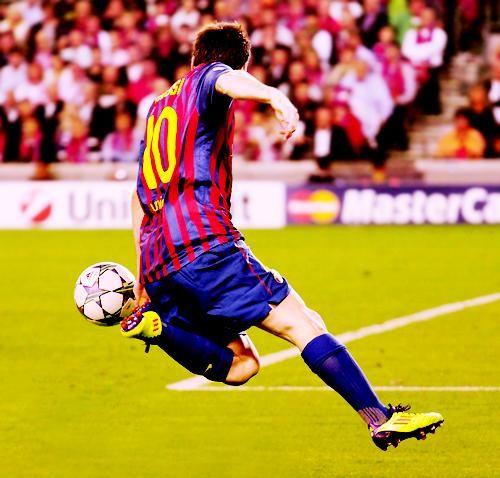 Como matar uma bola, estrelando Messi