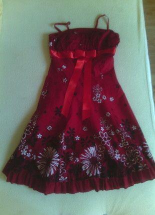 Kup mój przedmiot na #vintedpl http://www.vinted.pl/damska-odziez/inne/10143328-czerwona-sukienka-motyw-kwiatowy-dl34