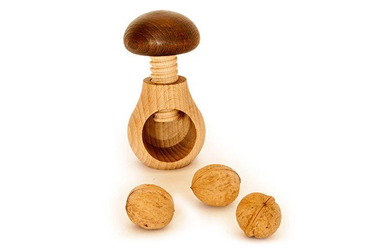 #Wooden Nutcracker made form oak wook