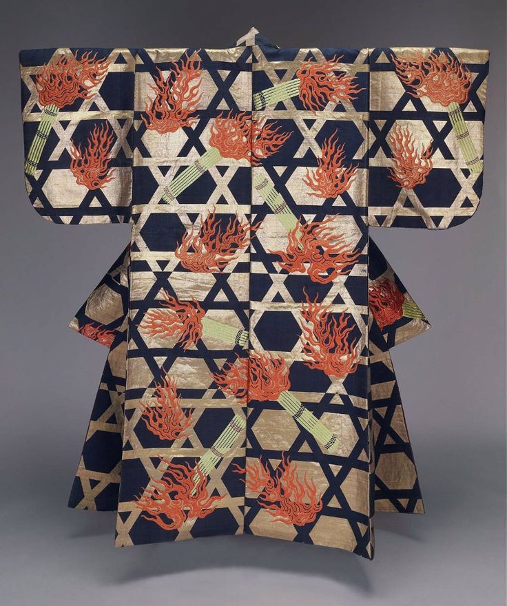 Japanese Noh kimono, Edo period (19th century) - I knew there was a connection between Jews and Asian culture!!! . . . my life is beginning to make sense