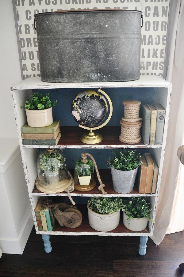Chalk Paint Bookshelf Makeover