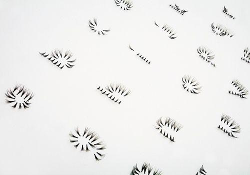 Eyelash Typeface on Behance