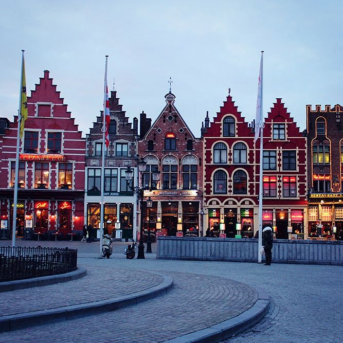 Bruges / Belgium's best eats: 4 foods not to be missed / A Globe Well Travelled