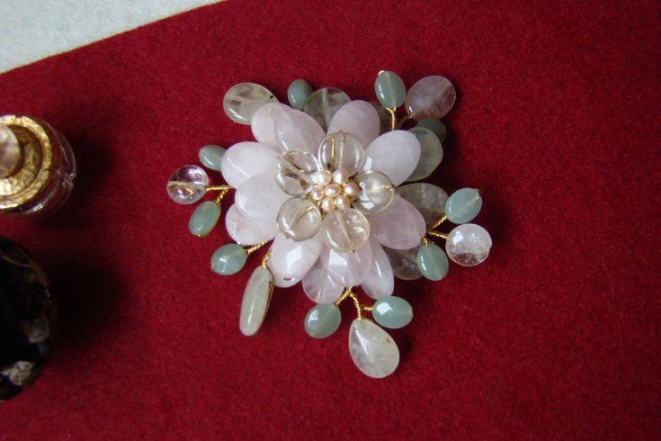 """""""Flori de piatră-Bijoux"""" albumul II-bijuterii artizanale marca Didina Sava"""