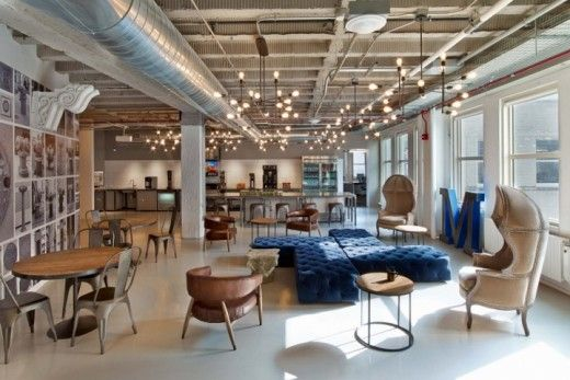LE CONCEPT Afin de rendre son quartier général plus attractif pour ses salariés, Motorola a repensé et épuré ses locaux avec différentes touches arc