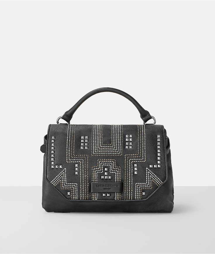 UbeF7 handbag from Liebeskind Berlin. Discover up-to-the-minute styles, designs and colours. Order now in the Liebeskind online shop.
