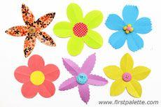 Various 5-petal paper flowers