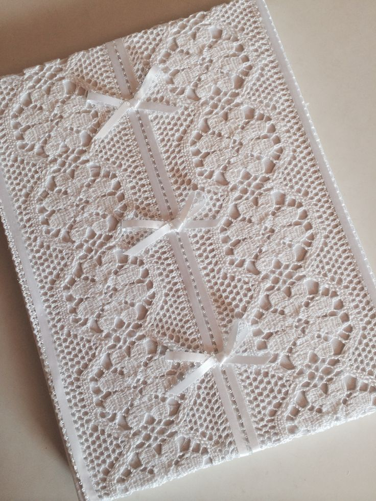 Book of wishes / white crochet