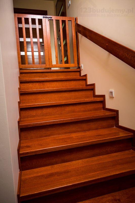 okładzina drewniana schodów betonowych montaż efekt końcowy wykończenia schodów betonowych drewnem - Schody, Klatka Schodowa, Schody Zabiegowe, Schody Drewniany, Schody Dębowe, Przedpokój, Poddasze, Hol, Bramka, Furtka, Schody Betonowe, Podświetlenie Schodów