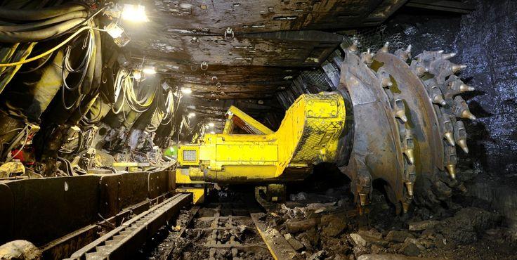 Shipping Mining Equipment photo