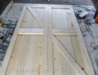 How to: Faux Barn Doors: this pattern is useful for multiple reasons: make a door, or a pattern in wood on a plank wall, or window shutters, etc