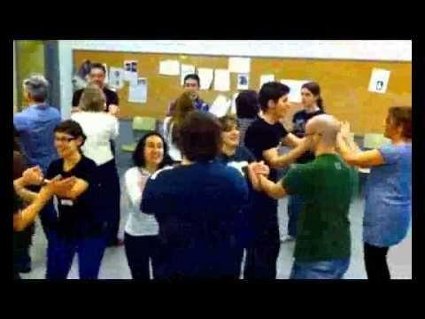 African Circle dance (from Ghana!) with body percussion. A mixer. Ritmos creados por Javier Romero Naranjo sobre una melodía africana (Ghana). Método BAPNE - Didáctica de la Percusión Corporal. Registro de la propiedad inte...