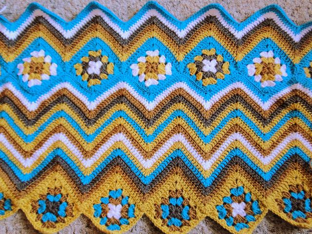 Lemonade Crochet Afghan Pattern : grannies and ripples Crochet-Blankets Pinterest ...