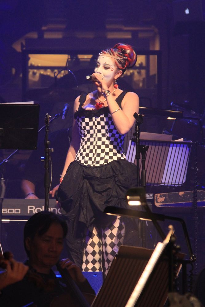 "Chess Countess performing her song ""Hip hOp Era feat. Nuova Prince"" live in the Auckland Town Hall with the Auckland Philharmonia Orchestra at 'APO Remix', May 2012. Photo by Jackson Perry."