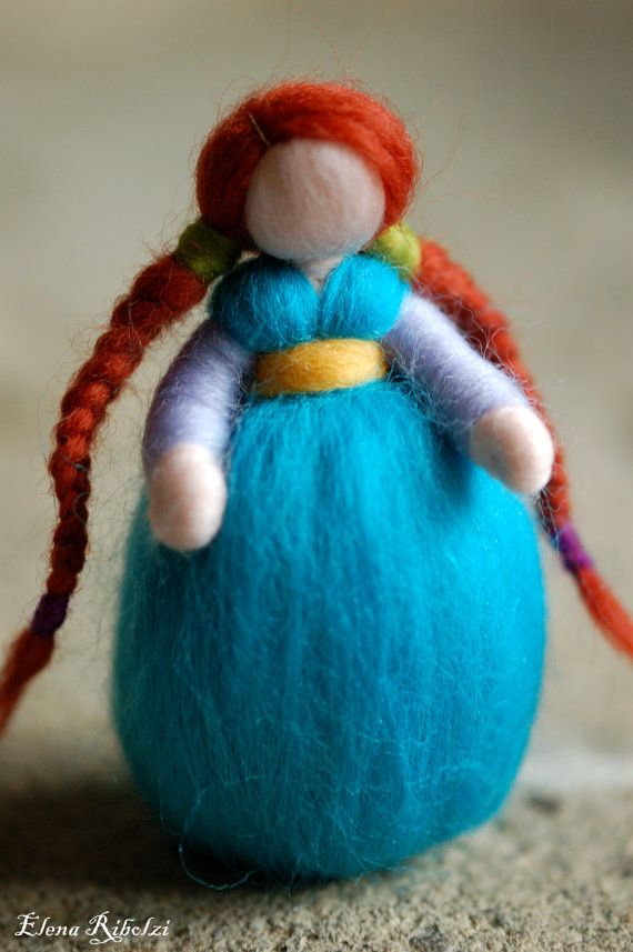 Anna, in lana fiaba, ispirazione Waldorf