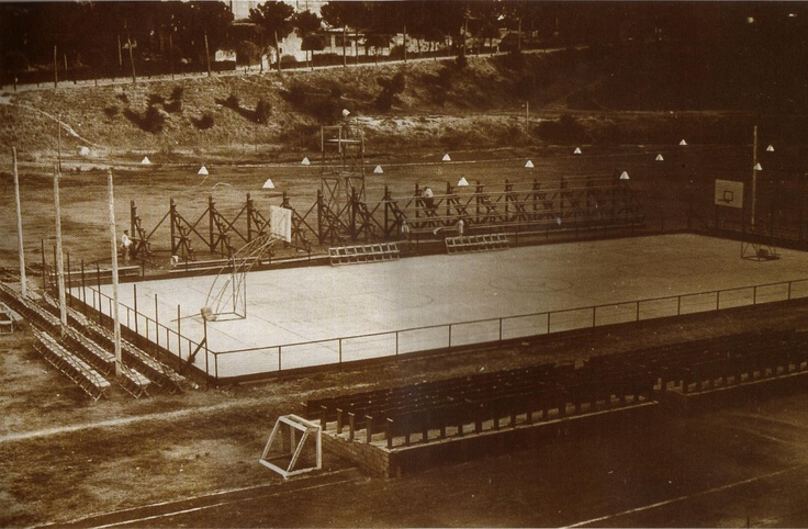The first italian Basketball court!