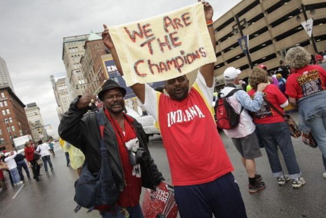 RTV6 - Indiana Fever, fans celebrate team's WNBA championship - News Gallery