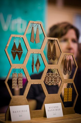 Love this display idea.  The 9th Annual Chicago Winter Market   Photos by Beth Priddy Photography