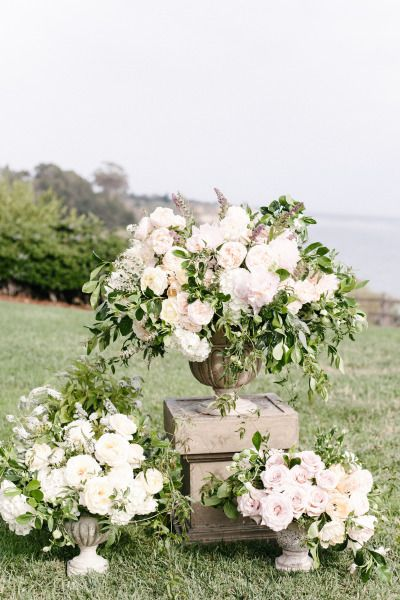 Beautiful flowers: http://www.stylemepretty.com/2015/03/24/romantic-pastel-santa-barbara-wedding/ | Photography: Melanie Duerkopp - http://melanieduerkopp.com/