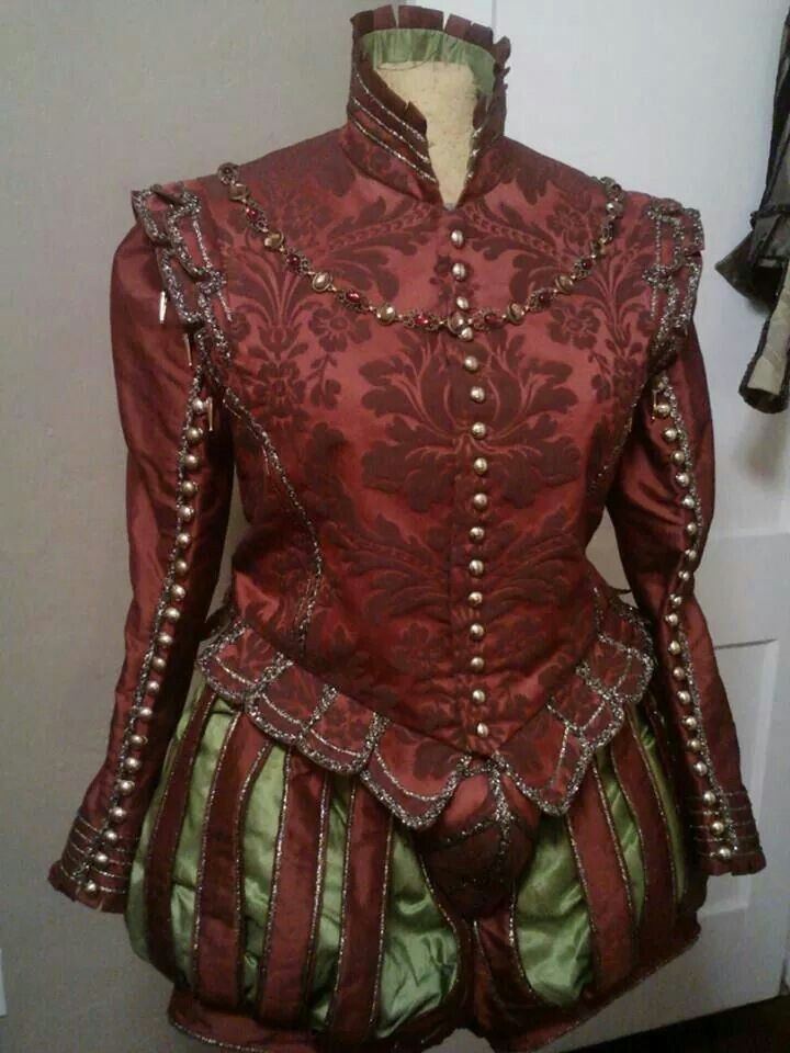 Elizabethan costume by Scott Tickler
