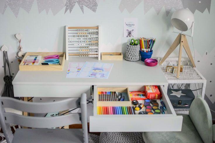 biurko sześciolatka