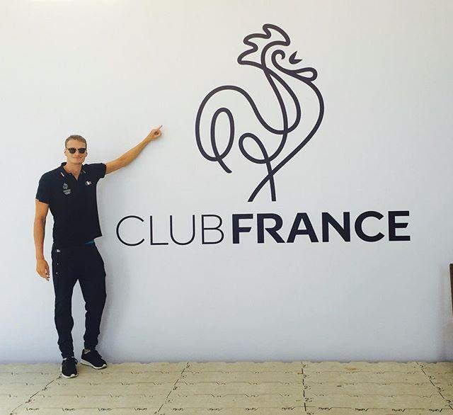 Pin for Later: 25 Athlètes Français Qui Vont Faire des JO L'évènement le Plus Sexy de la Saison Yannick agnel Sport: Natation Son Instagram: @yannick.agnel