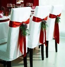 kerstdecoratie - Google zoeken  WITH PLAID INSTEAD IN A BOW WITH PINECONES/BERRIES?