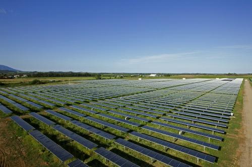 Vue d'ensemble du parc photovoltaïque de Porette de Nérone en Haute Corse  #GDFSUEZ #Photovoltaique