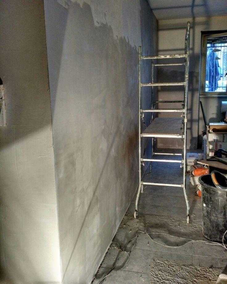 #luci e #ombre #rasatura delle #pareti in preparazione della #tinteggiatura