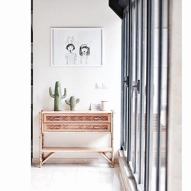 Nous voir chez vos jolis chez vous  Vernos en vuestras bonitas casas #lescornesdejuju #emiliechoufleurlajolie #frenchinterior #serigrafia #decoracion #inspiration #fb