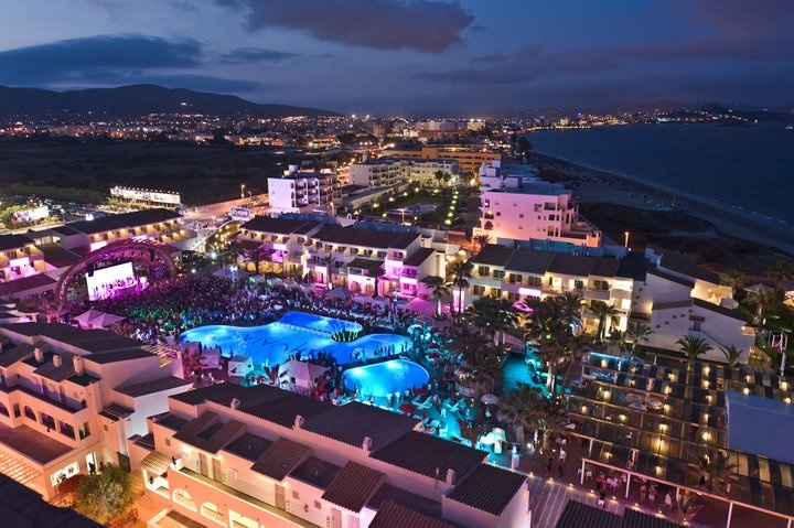 Ushuaia Ibiza beach hotel. What parties! What a great vibe! Can't wait...