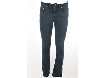 Svarta Jeans, Filippa K stl: 28/32. Niki Twill som simplet.se hjälper till att sälja!