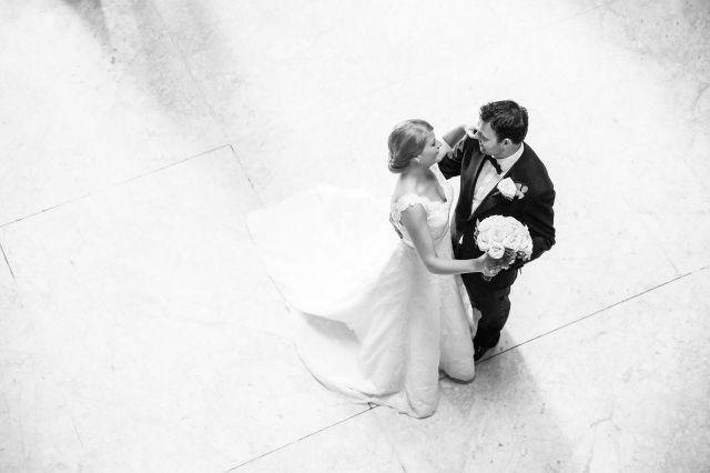 Hoe krijg je iedereen aan het dansen op je bruiloft?   ThePerfectWedding.nl