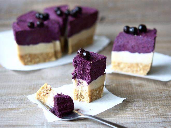 Raw Blueberry 'No-Cheesecake'