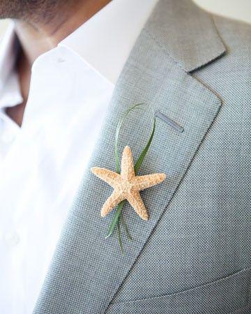 Starfish boutonniere: beach wedding buttonhole #unique_boutonniere www.humoresqueinc.blogspot.com