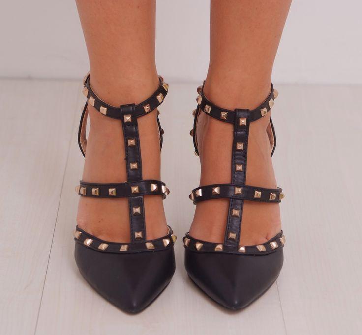 Zapato tachuelas negro www.belleboheme.es