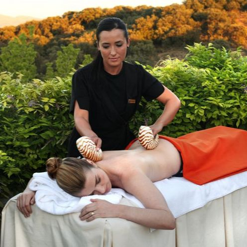 A treatment at Barceló La Bobadilla SPA. Read more about this heavenly spa.
